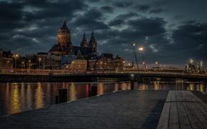 Картинка река, здания, пристань, дома, причал, Амстердам, церковь, собор, Нидерланды, ночной город, Amsterdam, Netherlands, Церковь Святого …