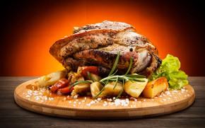 Обои картофель, специи, мясо, доска, овощи