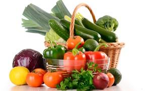 Картинка зелень, лимон, корзина, лук, белый фон, перец, овощи, помидоры, капуста, огурцы