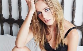 Картинка грудь, макияж, губки, Carolina Franco