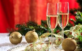 Картинка ягоды, праздник, шары, новый год, ель, бокалы, лента, украшение, декор, шампанское в бокале