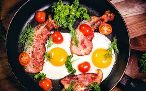 Картинка зелень, яйца, яичница, помидоры, бекон, eggs, tomatoes, сковорода, bacon