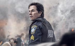 Картинка cinema, chaos, man, movie, film, Mark Wahlberg, cop, uniform, seifuku, Patriots Day