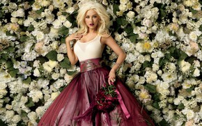 Обои цветы, платье, певица, Christina Aguilera, Кристина Агилера