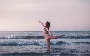 Картинка волны, девушка, танец, Emma Exbrayat