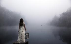 Обои девушка, туман, озеро