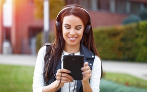 Обои headphones, tablet, Smile