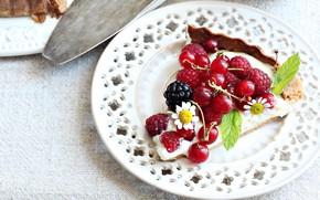 Картинка ягоды, малина, тарелка, пирог, смородина, ежевика