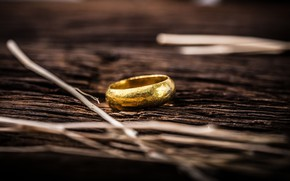 Картинка gold, ring, floor