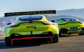 Картинка Aston Martin, Vantage, пара, гоночное авто, спойлер, 2018, GTE