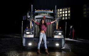 Обои взгляд, девушка, фары, Девушки, брюнетка, грузовик