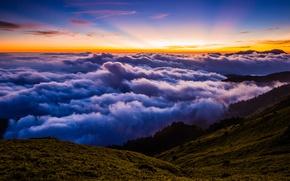 Картинка лес, лето, небо, облака, лучи, пейзаж, закат, горы, природа, туман, синева, холмы, вид, высота, красота, …