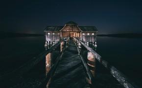 Картинка ночь, мост, озеро, дом