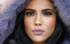 Картинка взгляд, девушка, лицо, волосы, помада, брюнетка, красотка