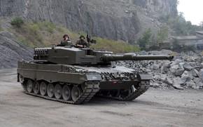 Картинка gun, weapon, Leopard, tank, Leopard 2A4, uniform, seifuku, soldiere, Kampfpanzer Leopard 2A4