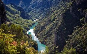 Картинка лес, солнце, деревья, горы, река, скалы, Франция, ущелье, вид сверху, Gorges du Verdon, Вердонское ущелье
