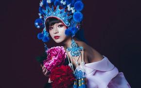 Картинка взгляд, цветы, стиль, модель, макияж, азиатка, тёмный фон, головной убор