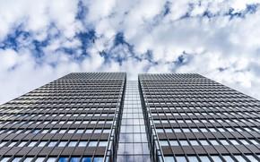 Картинка окна, облака, здание, небо, небоскреб
