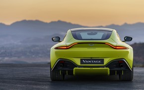 Картинка Aston Martin, Vantage, вечер, вид сзади, 2018