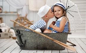 Картинка зонтик, игра, мальчик, девочка, сидят, железное корыто