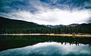 Картинка лес, вода, облака, деревья, горы, озеро, отражение
