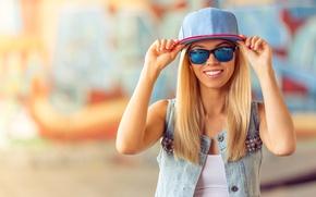 Картинка улыбка, кепка, блонди