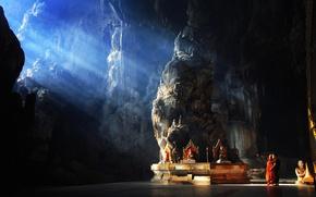 Картинка light, rock, photo, mood, situation, children, Asia, cave, sun rays, temple, kids, Myanmar, religion, statues, …