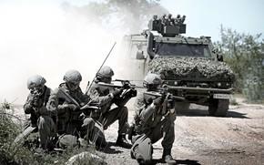 Картинка дорога, армия, солдаты, экипировка, бронемашина