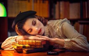 Картинка лицо, настроение, книги, сон, ситуация, макияж, библиотека, берет, спящая девушка, iBi Photo, Daria Góźdź