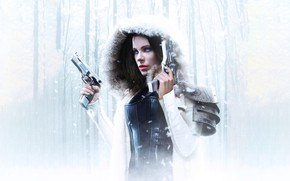 Обои Girl, Kate Beckinsale, Action, Fantasy, Beautiful, Winter, Tree, Warrior, Hybrid, Snow, White, Female, Guns, Women, ...