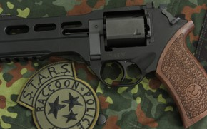 Картинка оружие, револьвер, weapon, revolver, Residen Evil, Rhino, S.T.A.R.S., Chiappa