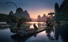 Обои река, рыбаки, лодки, птицы, Китай, бакланы, люди, плот, район Гуанси-Чжуанск, лодка
