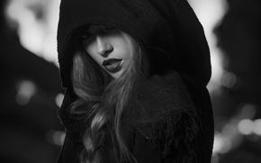 Картинка девушка, капюшон, коса, чёрно - белое фото