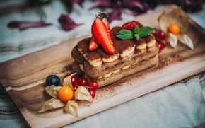 Картинка клубника, торт, физалис, тирамису