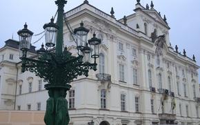 Картинка Прага, Чехия, фонарь, Архиепископский дворец