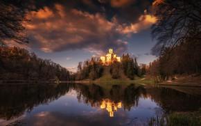 Картинка лес, небо, вода, облака, деревья, закат, озеро, отражение, замок, вечер, холм, Хорватия, тропинки, Trakoscan Castle