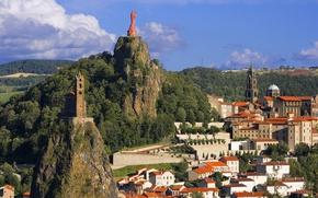 Картинка пейзаж, горы, Франция, здания, статуя, France, Le Puy-en-Velay