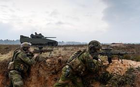 Картинка gun, soldier, sky, weapon, cloud, man, flag, Norway, rifle, viking, tank, Norwegian, armored, vegetation, uniform, …