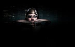 Картинка water, men, darkness, head, swimming, Eye protector for swimming, swimming cap