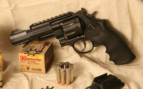 Обои оружие, smith, S&W, m&p, wesson, 357 Magnum, weapon, револьвер, Model 327, revolver, smith & wesson