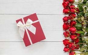 Картинка цветы, подарок, розы, букет, красные, red, бутоны, wood, flowers, romantic, gift, roses, bud