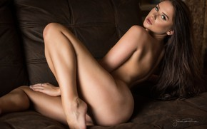 Обои взгляд, девушка, поза, тело, Jack Russell, Sophie Bakewell