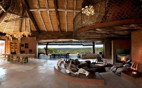 Картинка interier, villa in South Africa, spacious luxury living room, traditional style