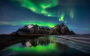 Картинка пляж, небо, звезды, горы, ночь, северное сияние, Исландия, фьорд, мыс, Стокснес, Хорнафьордюр