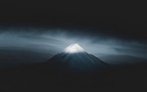 Картинка снег, гора, минимализм, тёмный фон