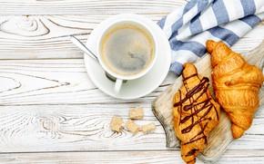Картинка стол, кофе, ложка, чашка, доска, блюдце, салфетка, круассаны