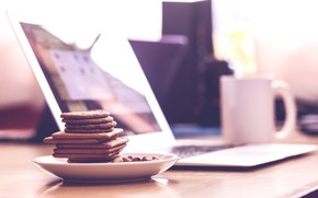 Картинка свет, кофе, печенье, чашка, ноутбук
