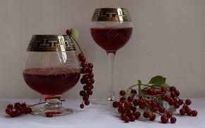 Картинка композиция, фужеры, ягоды волчьи, сок вишневый