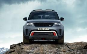 Обои небо, облака, скала, серый, внедорожник, Land Rover, Discovery, 4x4, 2017, V8, SVX, 525 л.с.