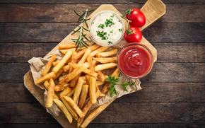 Обои Portion, french fries, rosemary, sauce tomatoes